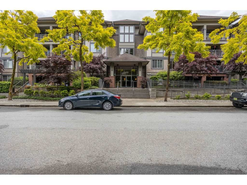 Main Photo: 308 2468 ATKINS AVENUE in Port Coquitlam: Central Pt Coquitlam Condo for sale : MLS®# R2463390