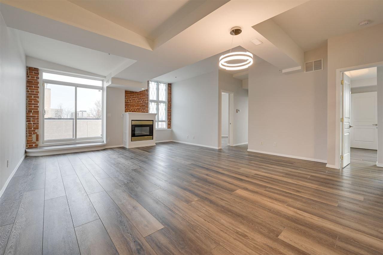Main Photo: 203 10728 82 Avenue in Edmonton: Zone 15 Condo for sale : MLS®# E4224907