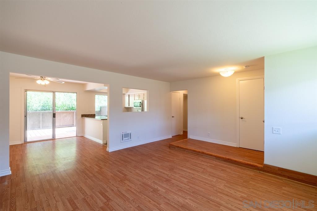 Main Photo: MISSION VALLEY Condo for sale : 2 bedrooms : 8085 Caminito De Pizza #E in San Diego