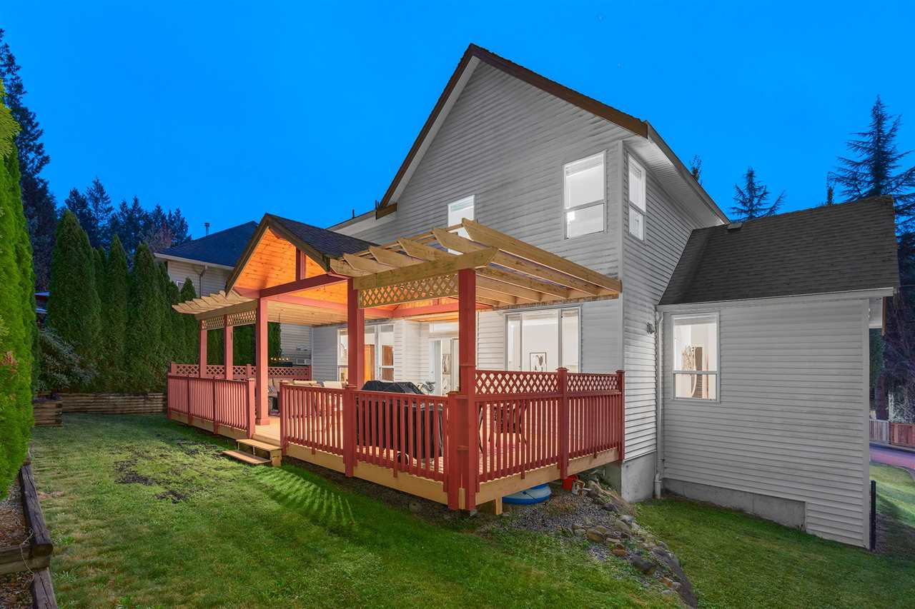 "Photo 17: Photos: 23479 LARCH Avenue in Maple Ridge: Silver Valley House for sale in ""BALSALM CREEK/ROCKRIDGE"" : MLS®# R2407553"
