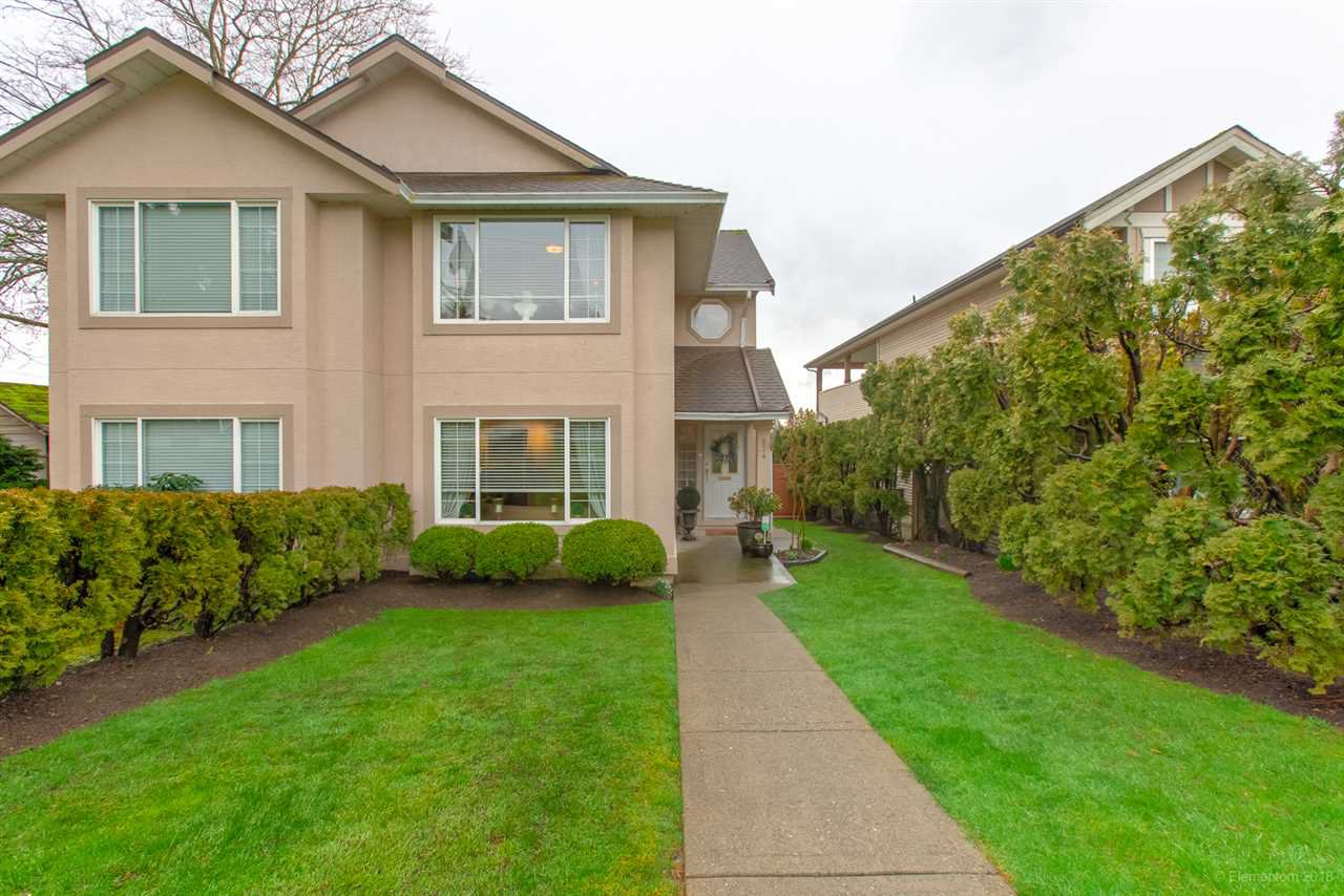 Main Photo: 834 QUADLING Avenue in Coquitlam: Coquitlam West House 1/2 Duplex for sale : MLS®# R2441266