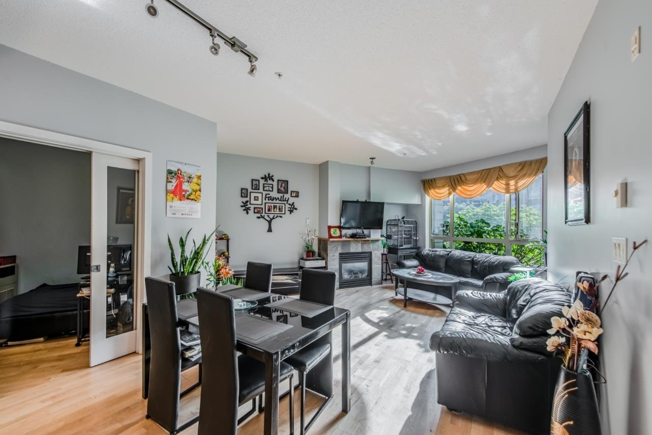 """Main Photo: 212 530 RAVEN WOODS Drive in North Vancouver: Roche Point Condo for sale in """"SEASONS"""" : MLS®# R2466427"""