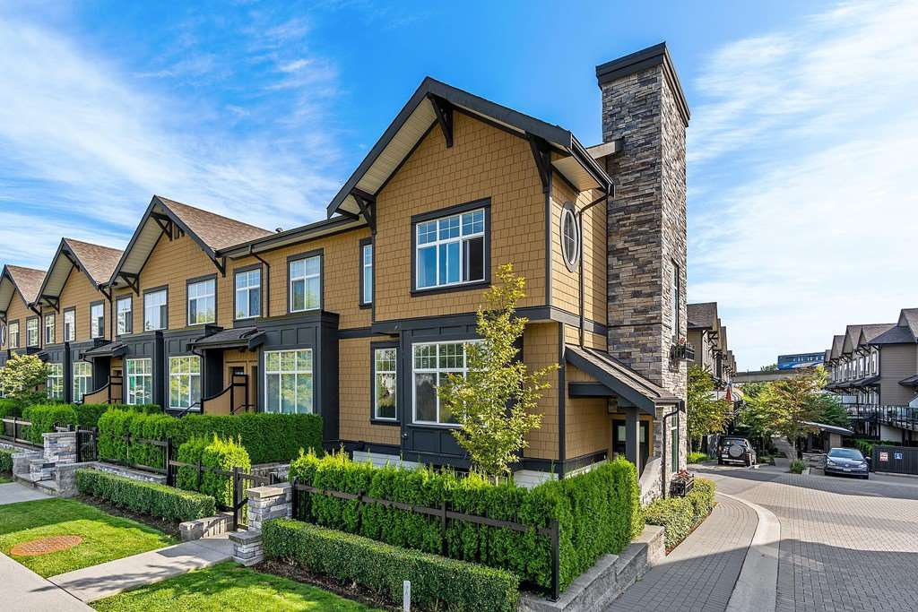 """Main Photo: 8 6088 BERESFORD Street in Burnaby: Metrotown Townhouse for sale in """"HIGHLAND PARK"""" (Burnaby South)  : MLS®# R2417079"""