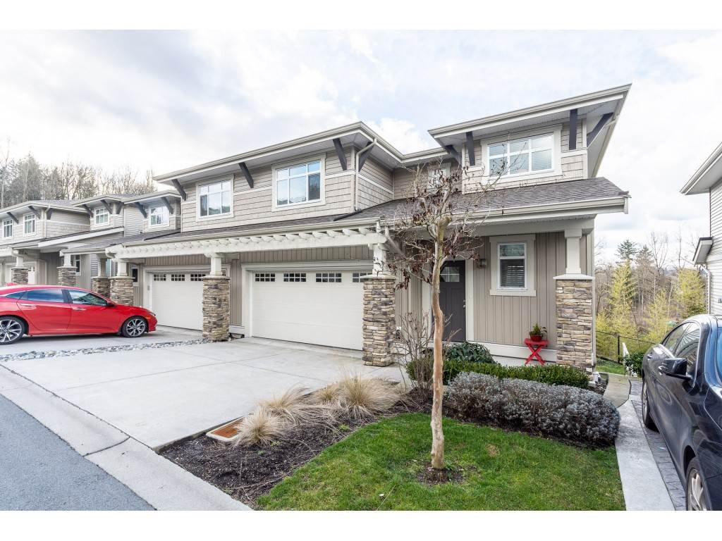 """Main Photo: 47 34230 ELMWOOD Drive in Abbotsford: Central Abbotsford Townhouse for sale in """"TEN OAKS"""" : MLS®# R2437003"""