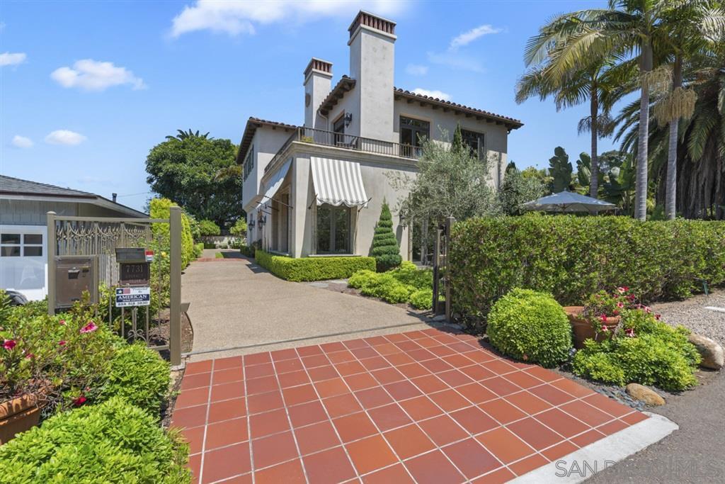 Main Photo: LA JOLLA House for sale : 3 bedrooms : 7731 Lookout Dr
