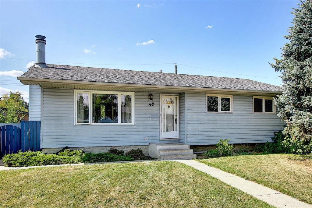 Main Photo: 48 DOVERTHORN Place SE in Calgary: Dover Detached for sale : MLS®# A1023255