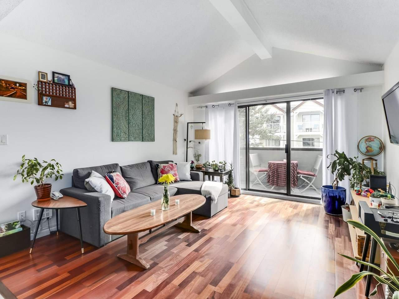 """Main Photo: 303 725 COMMERCIAL Drive in Vancouver: Hastings Condo for sale in """"Place Devito"""" (Vancouver East)  : MLS®# R2509088"""