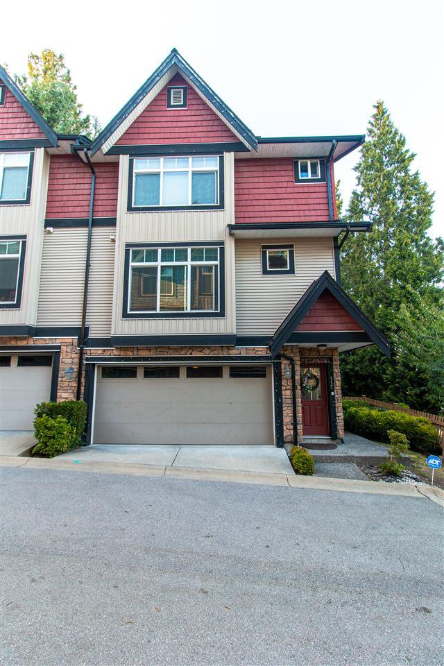 "Main Photo: 117 6299 144 Street in Surrey: Sullivan Station Townhouse for sale in ""ALTURA"" : MLS®# R2511603"