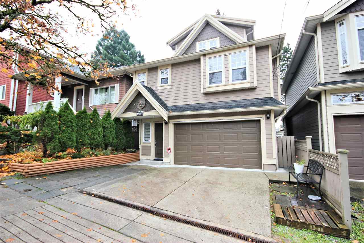 "Main Photo: 226 E WOODSTOCK Avenue in Vancouver: Main House for sale in ""MAIN"" (Vancouver East)  : MLS®# R2515887"