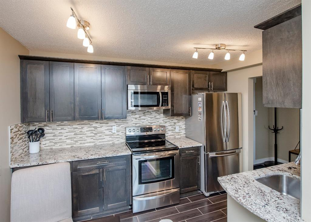 Main Photo: 1001 1330 15 Avenue SW in Calgary: Beltline Apartment for sale : MLS®# A1059880