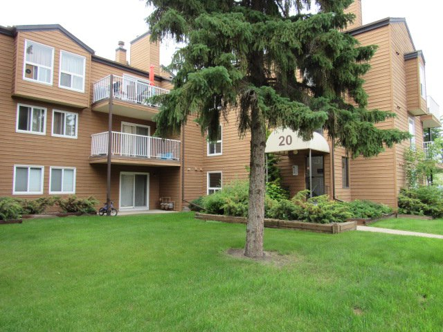 Main Photo: 20 Alpine Place in St. Albert: Condo for rent