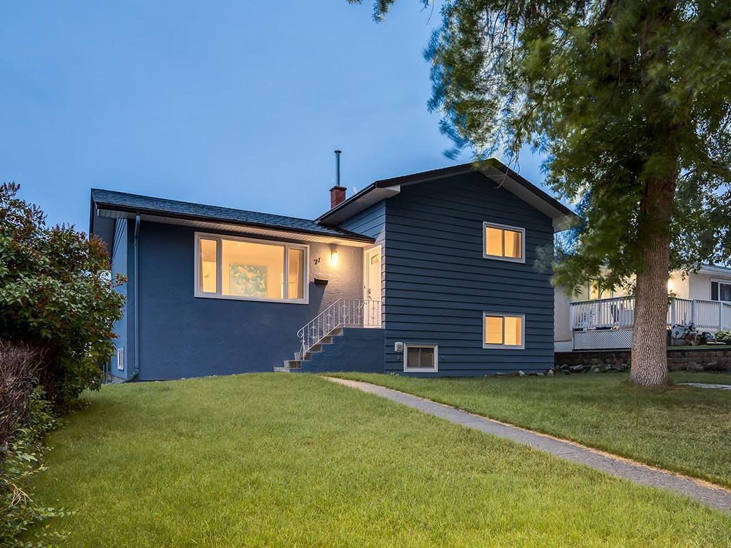 Main Photo: 71 FAY Road SE in Calgary: Fairview Detached for sale : MLS®# C4305316
