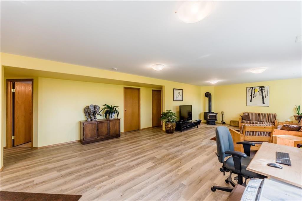 Photo 20: Photos: 119 MEADOWLARK Lane in Steinbach: R16 Residential for sale : MLS®# 202023933