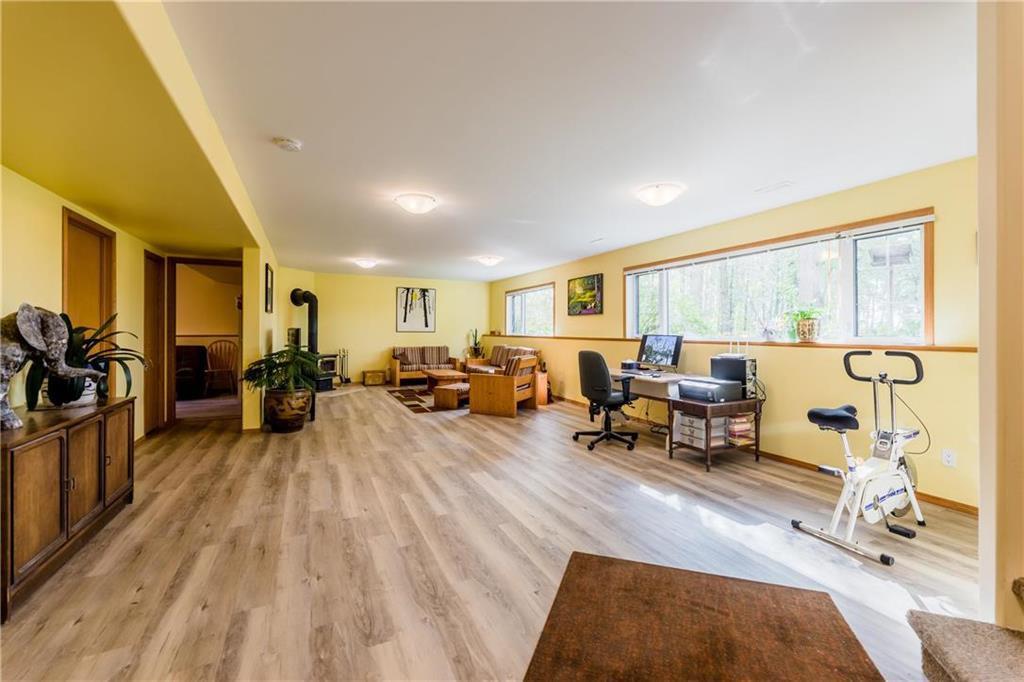 Photo 22: Photos: 119 MEADOWLARK Lane in Steinbach: R16 Residential for sale : MLS®# 202023933