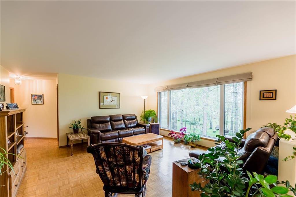 Photo 15: Photos: 119 MEADOWLARK Lane in Steinbach: R16 Residential for sale : MLS®# 202023933