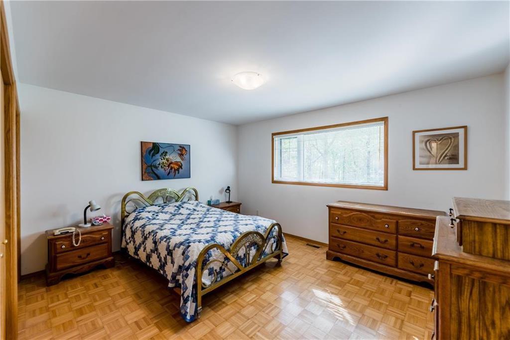 Photo 16: Photos: 119 MEADOWLARK Lane in Steinbach: R16 Residential for sale : MLS®# 202023933