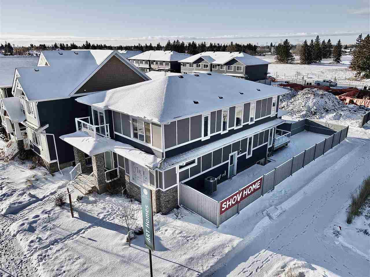 Main Photo: 943 VALOUR Way in Edmonton: Zone 27 House for sale : MLS®# E4221977