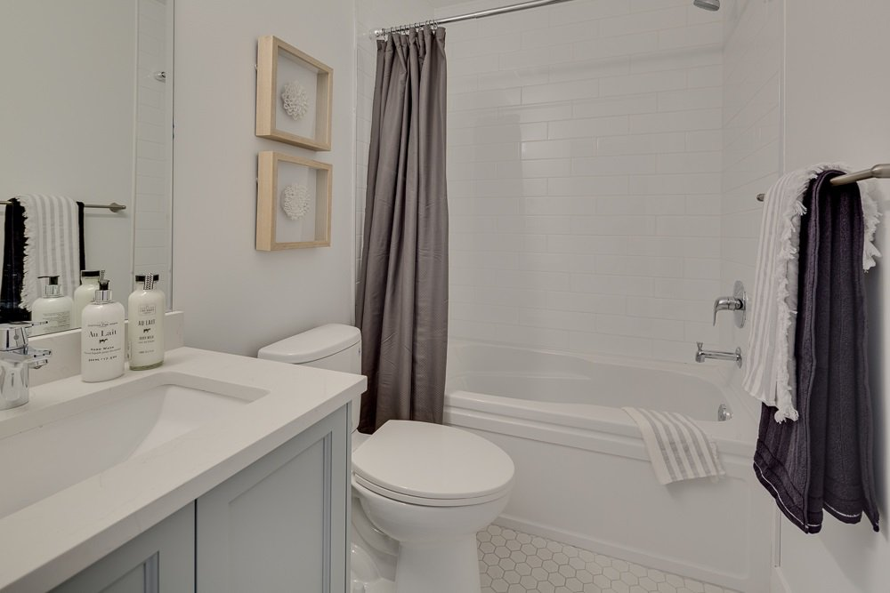 """Photo 10: Photos: 6 16361 23A Avenue in Surrey: Grandview Surrey Townhouse for sale in """"Switch"""" (South Surrey White Rock)  : MLS®# R2411233"""