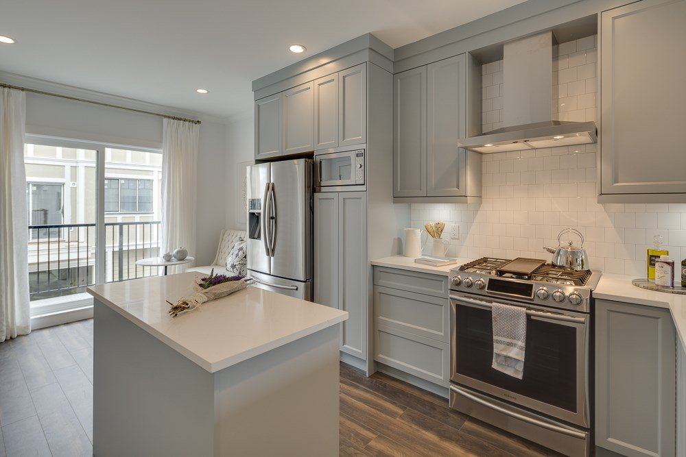 """Photo 2: Photos: 6 16361 23A Avenue in Surrey: Grandview Surrey Townhouse for sale in """"Switch"""" (South Surrey White Rock)  : MLS®# R2411233"""