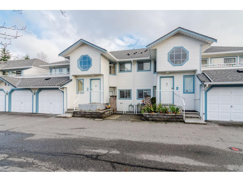 "Main Photo: 35 19797 64 Avenue in Langley: Willoughby Heights Townhouse for sale in ""Cheriton Park"" : MLS®# R2420993"