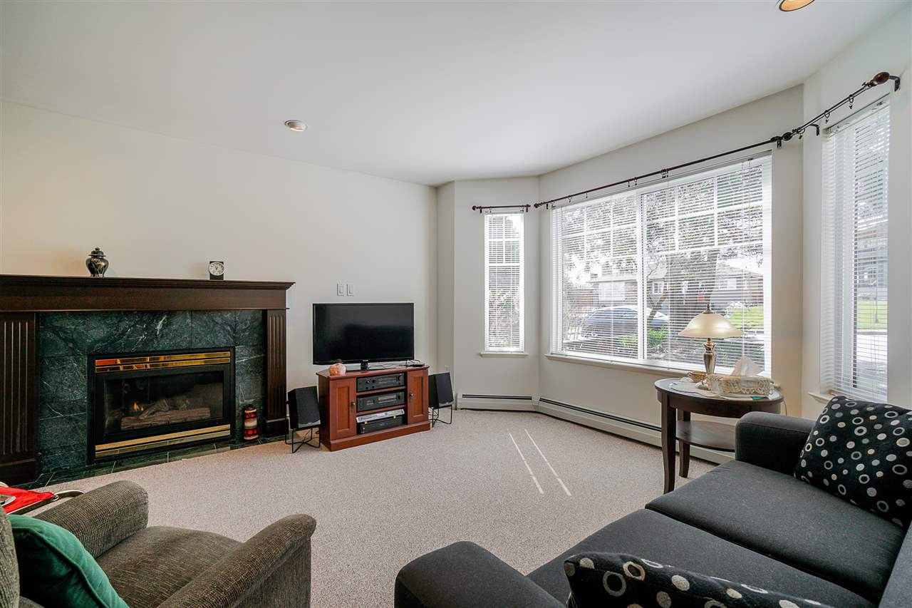 """Photo 16: Photos: 823 WILLIAM Street in New Westminster: The Heights NW House for sale in """"Massey Heights"""" : MLS®# R2449287"""
