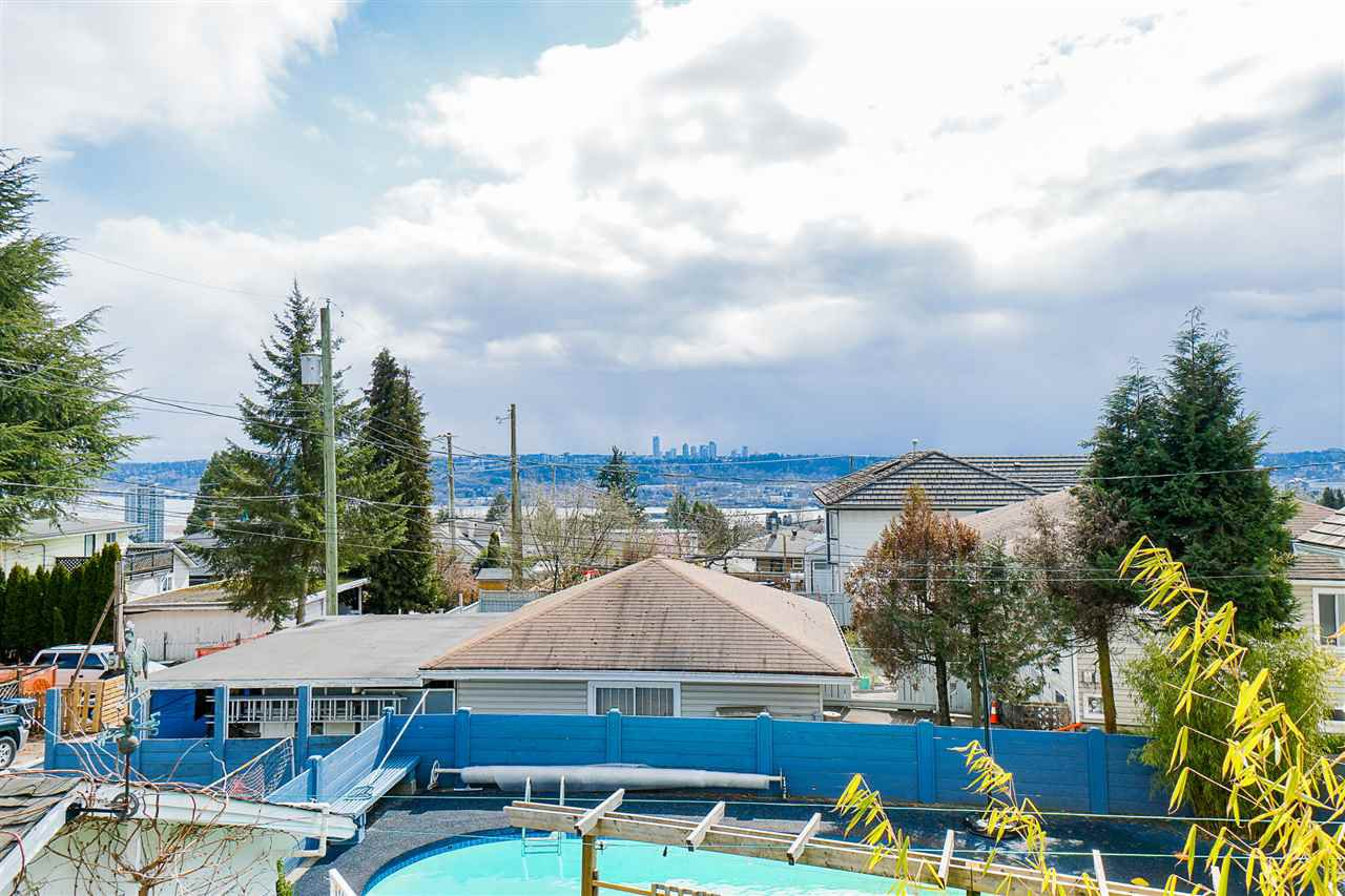 """Photo 12: Photos: 823 WILLIAM Street in New Westminster: The Heights NW House for sale in """"Massey Heights"""" : MLS®# R2449287"""
