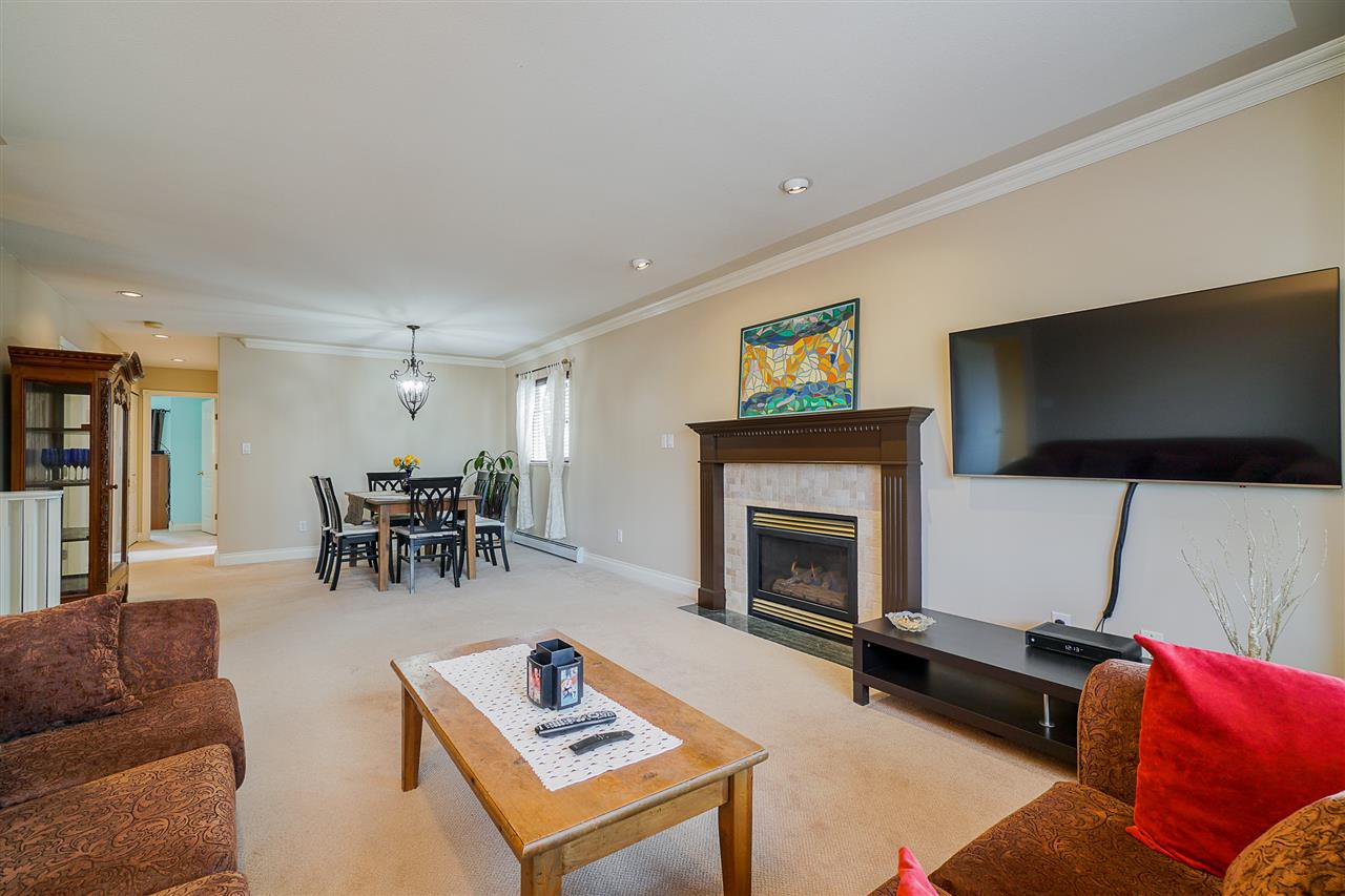 """Photo 5: Photos: 823 WILLIAM Street in New Westminster: The Heights NW House for sale in """"Massey Heights"""" : MLS®# R2449287"""