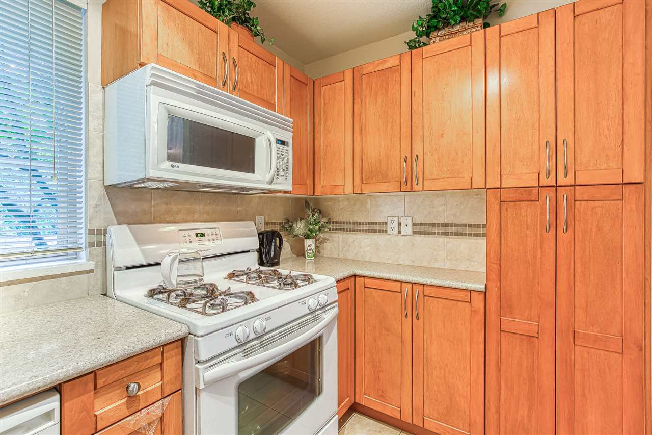 Photo 10: Photos: 105 2432 WELCHER AVENUE in Port Coquitlam: Central Pt Coquitlam Condo for sale : MLS®# R2415147