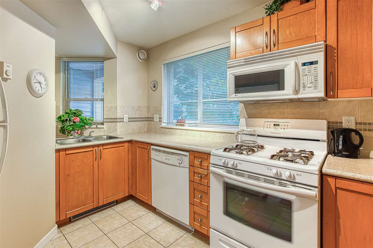 Photo 9: Photos: 105 2432 WELCHER AVENUE in Port Coquitlam: Central Pt Coquitlam Condo for sale : MLS®# R2415147
