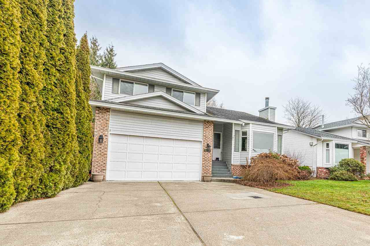 Main Photo: 12228 MAKINSON Street in Maple Ridge: Northwest Maple Ridge House for sale : MLS®# R2435361