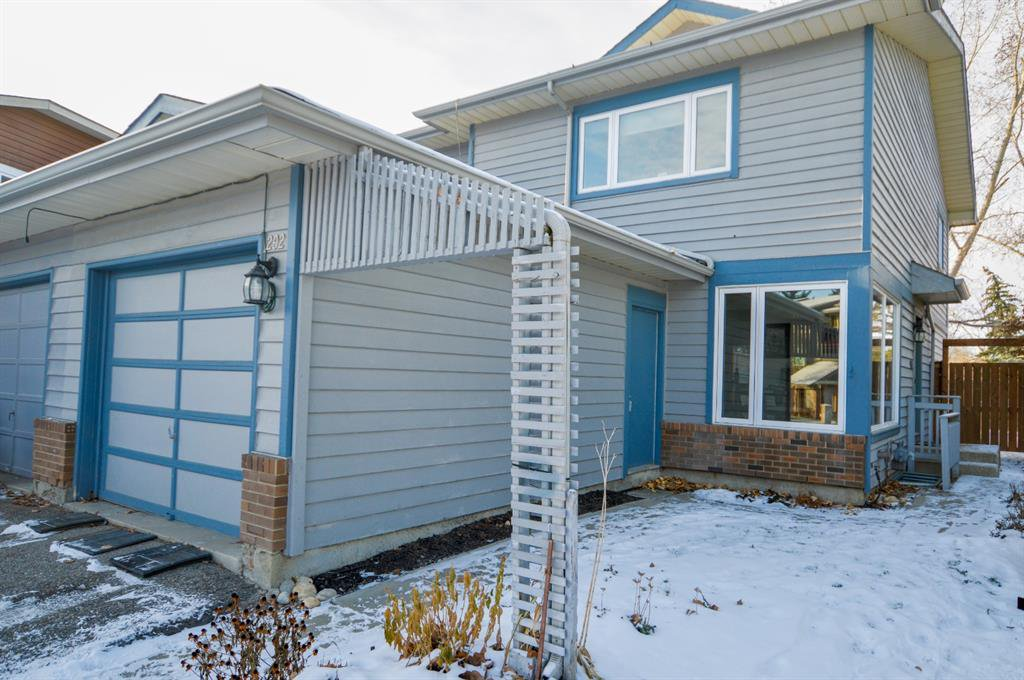 Main Photo: 292 Midpark Gardens SE in Calgary: Midnapore Semi Detached for sale : MLS®# A1050696
