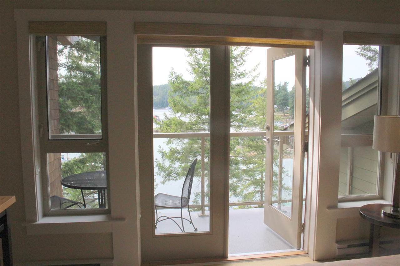 "Photo 18: Photos: 25A 12849 LAGOON Road in Pender Harbour: Pender Harbour Egmont Condo for sale in ""PAINTED BOAT RESORT"" (Sunshine Coast)  : MLS®# R2391967"