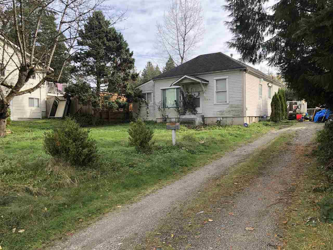 Main Photo: 11262 BURNETT Street in Maple Ridge: East Central House for sale : MLS®# R2511992