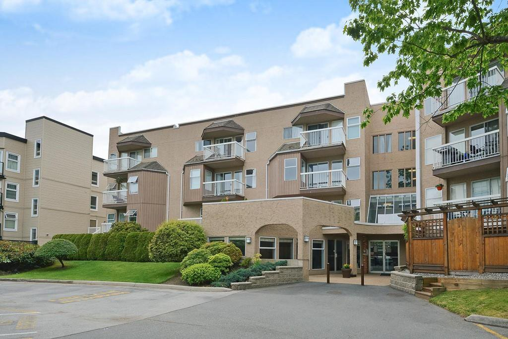 Main Photo: 104-1860 Southmere Crescent East in Surrey: Sunnyside Park Surrey Condo for sale