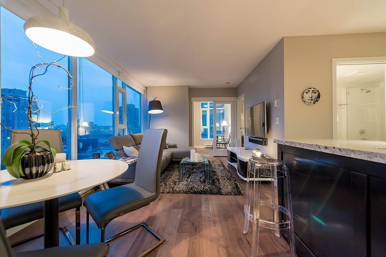 Main Photo: 1105 1133 HOMER STREET in Vancouver: Yaletown Condo for sale ()  : MLS®# R2300514