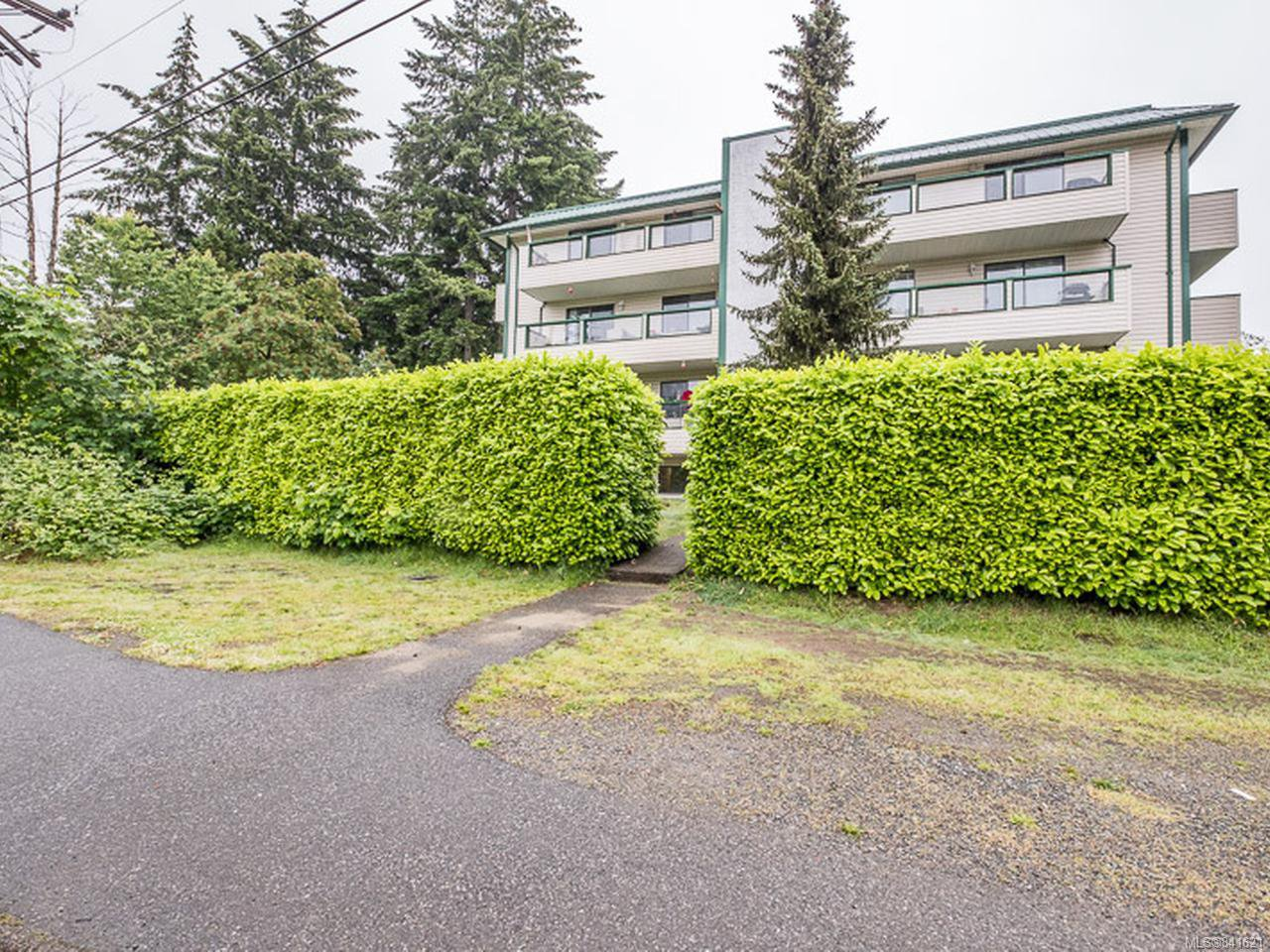 Main Photo: 407 3108 Barons Rd in NANAIMO: Na Uplands Condo Apartment for sale (Nanaimo)  : MLS®# 841621