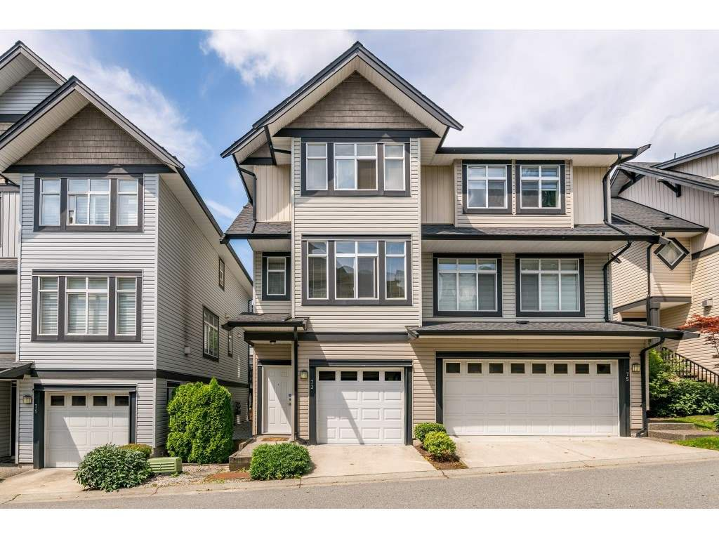 "Main Photo: 73 19932 70 Avenue in Langley: Willoughby Heights Townhouse for sale in ""Summerwood"" : MLS®# R2388854"