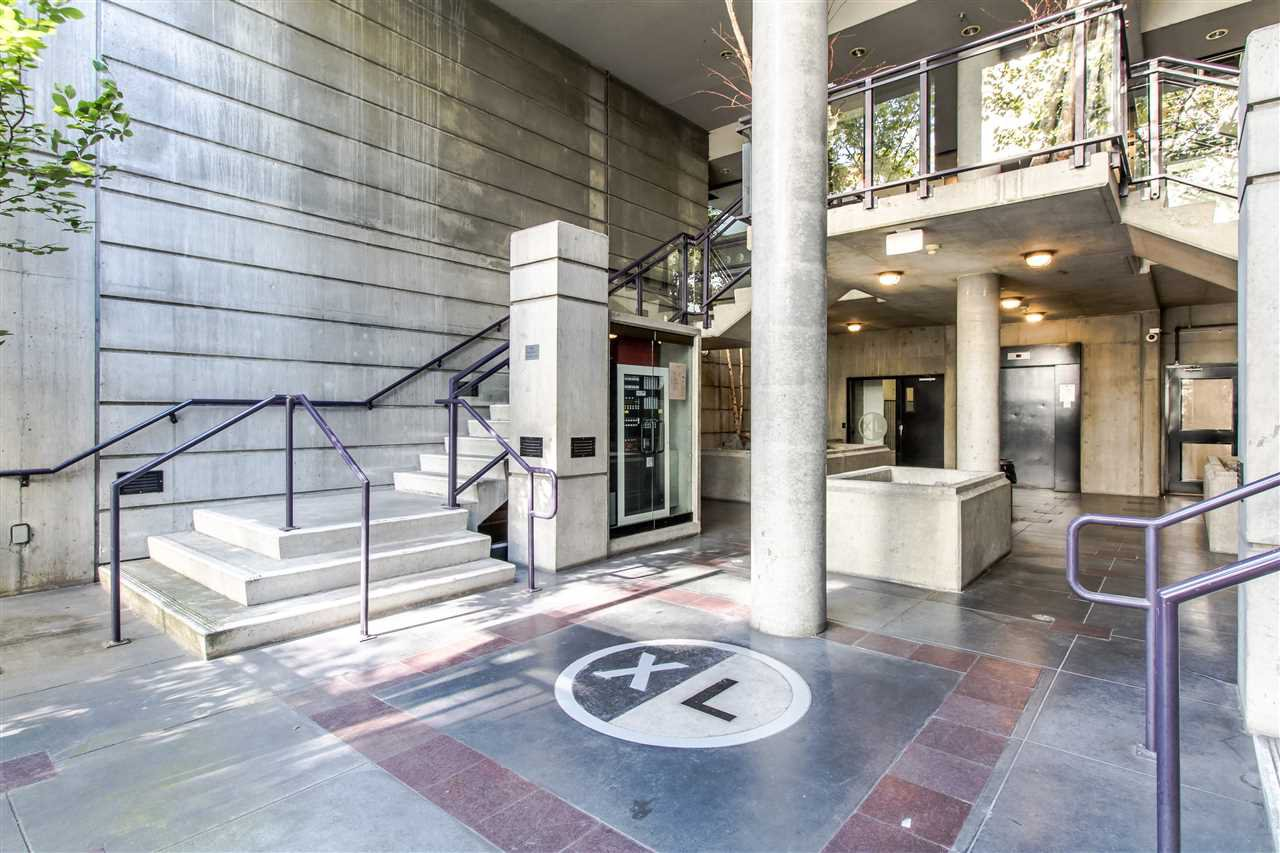 "Main Photo: 706 428 W 8TH Avenue in Vancouver: Mount Pleasant VW Condo for sale in ""XL LOFTS"" (Vancouver West)  : MLS®# R2409662"