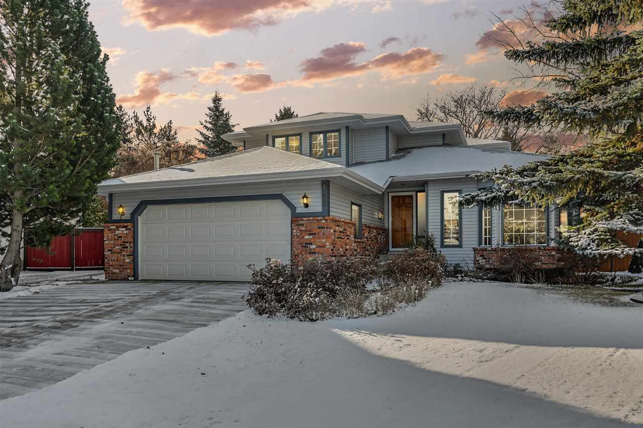Main Photo: 142 HEALY Road in Edmonton: Zone 14 House for sale : MLS®# E4179304