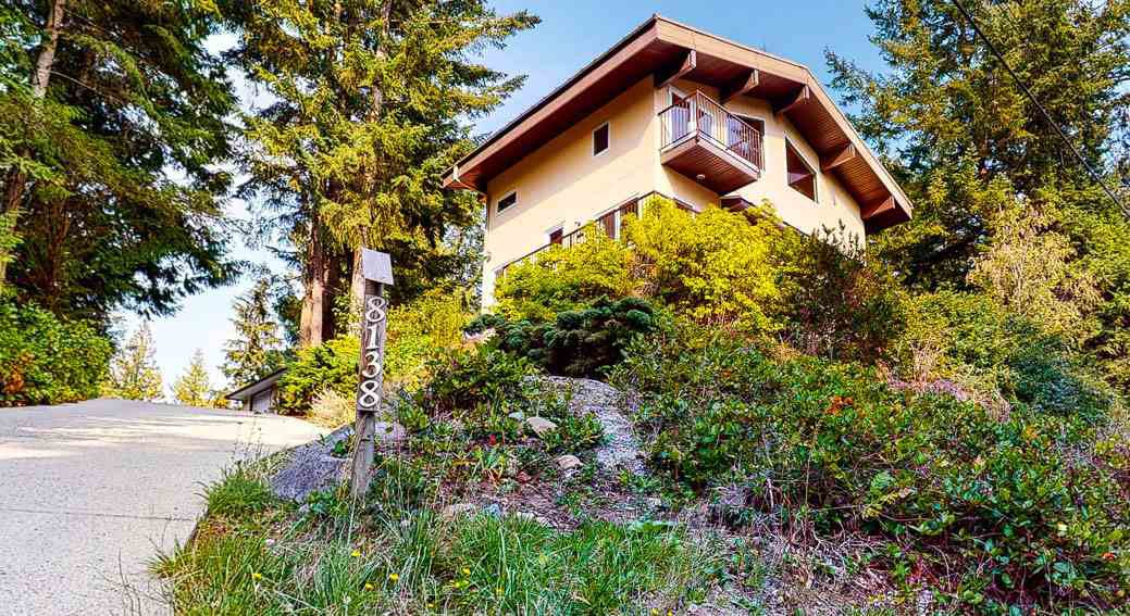Main Photo: 8138 8140 FRANCES Road in Halfmoon Bay: Halfmn Bay Secret Cv Redroofs House for sale (Sunshine Coast)  : MLS®# R2505066