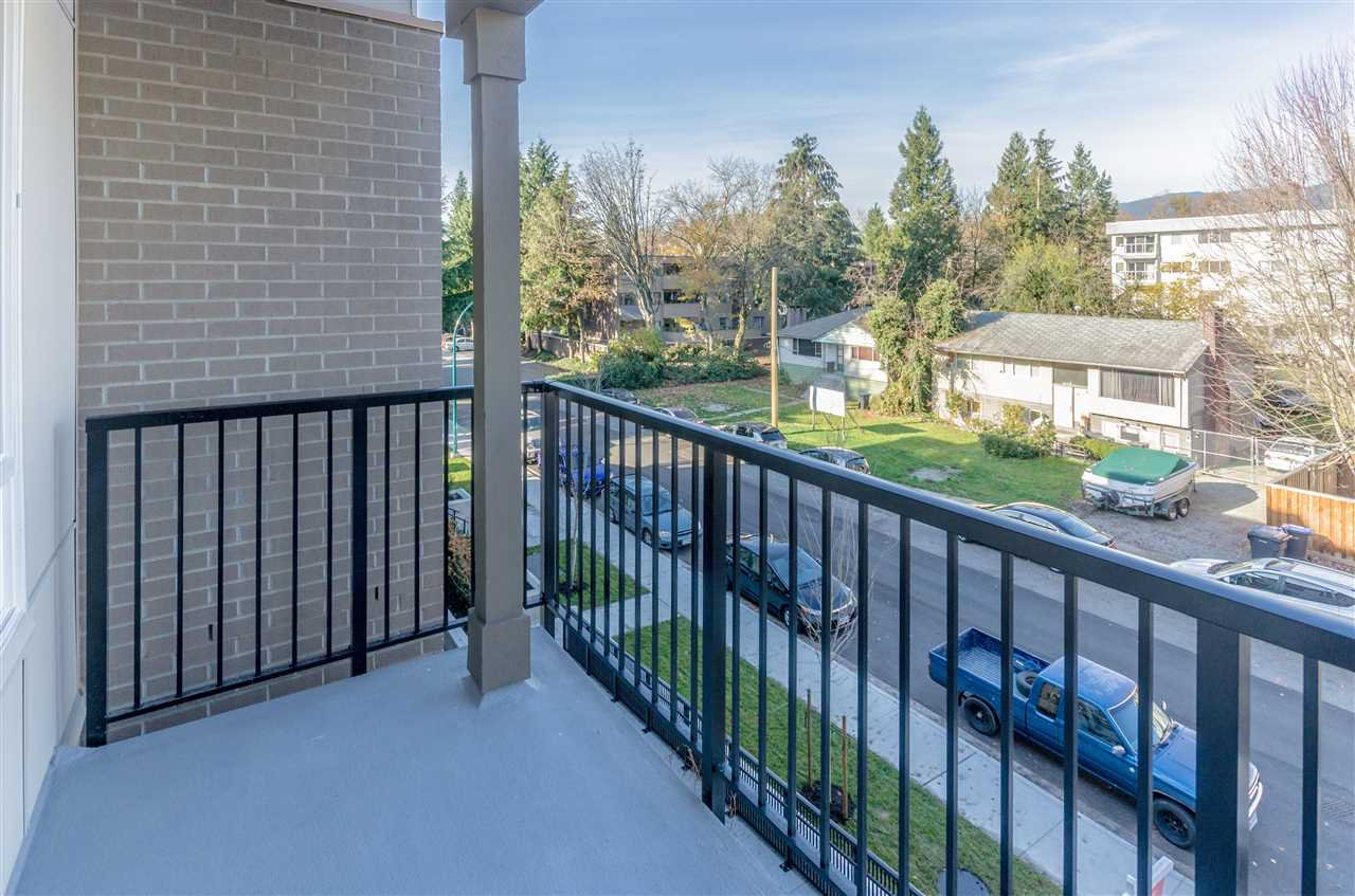 """Photo 13: Photos: 307 2382 ATKINS Avenue in Port Coquitlam: Central Pt Coquitlam Condo for sale in """"PARC EAST"""" : MLS®# R2417845"""