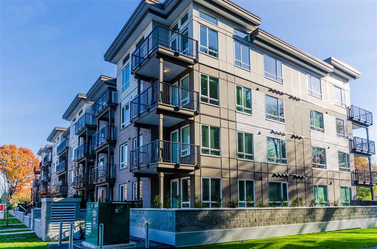 """Photo 2: Photos: 307 2382 ATKINS Avenue in Port Coquitlam: Central Pt Coquitlam Condo for sale in """"PARC EAST"""" : MLS®# R2417845"""