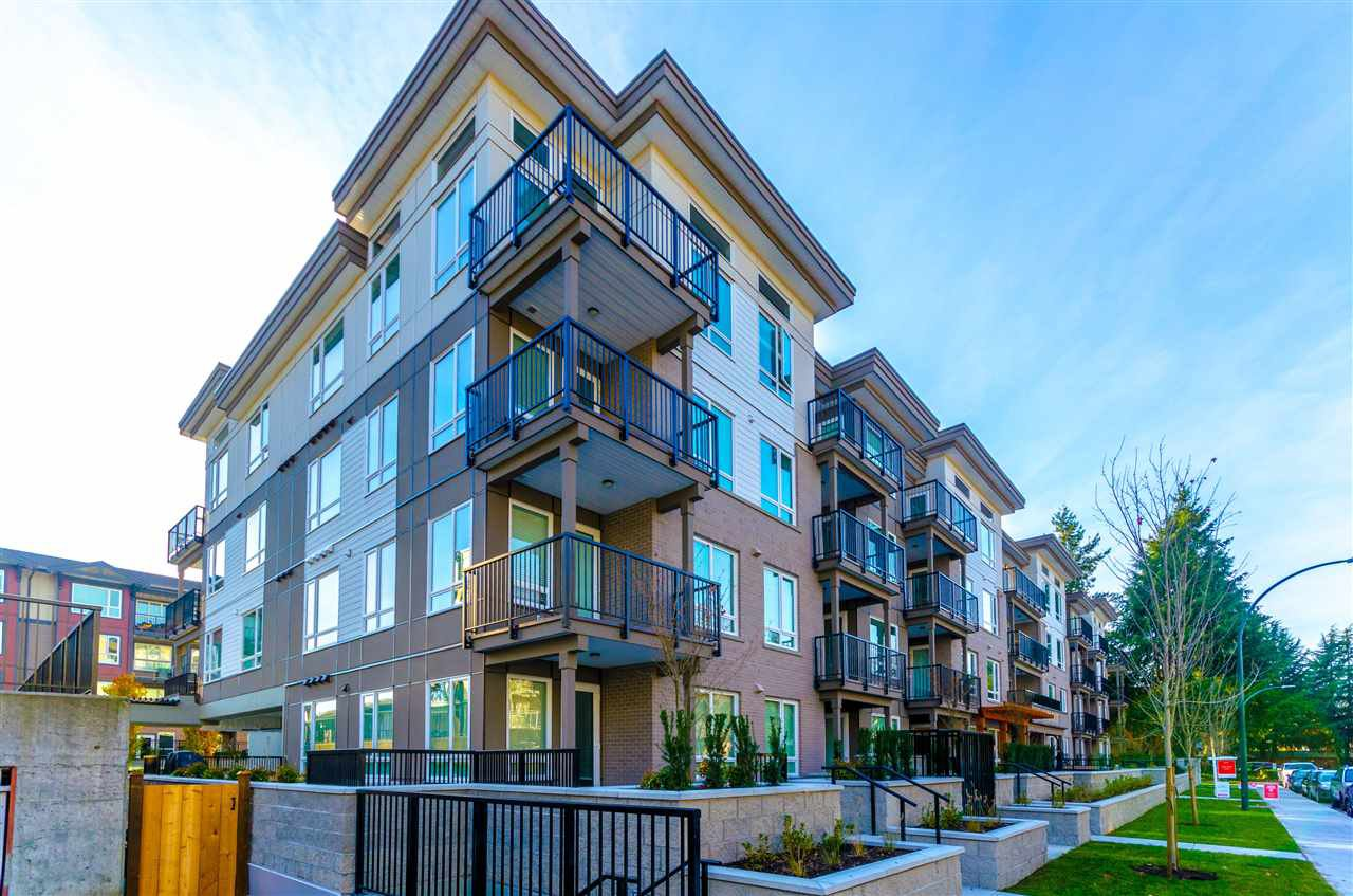 """Photo 1: Photos: 307 2382 ATKINS Avenue in Port Coquitlam: Central Pt Coquitlam Condo for sale in """"PARC EAST"""" : MLS®# R2417845"""
