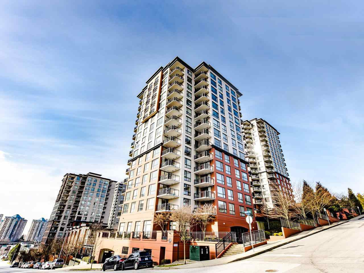"Main Photo: 803 813 AGNES Street in New Westminster: Downtown NW Condo for sale in ""The News"" : MLS®# R2435309"