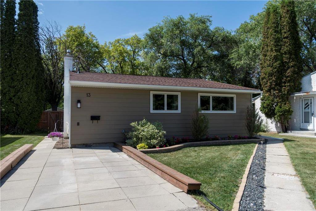 Main Photo: 13 Sandra Bay in Winnipeg: East Fort Garry Residential for sale (1J)  : MLS®# 202003319