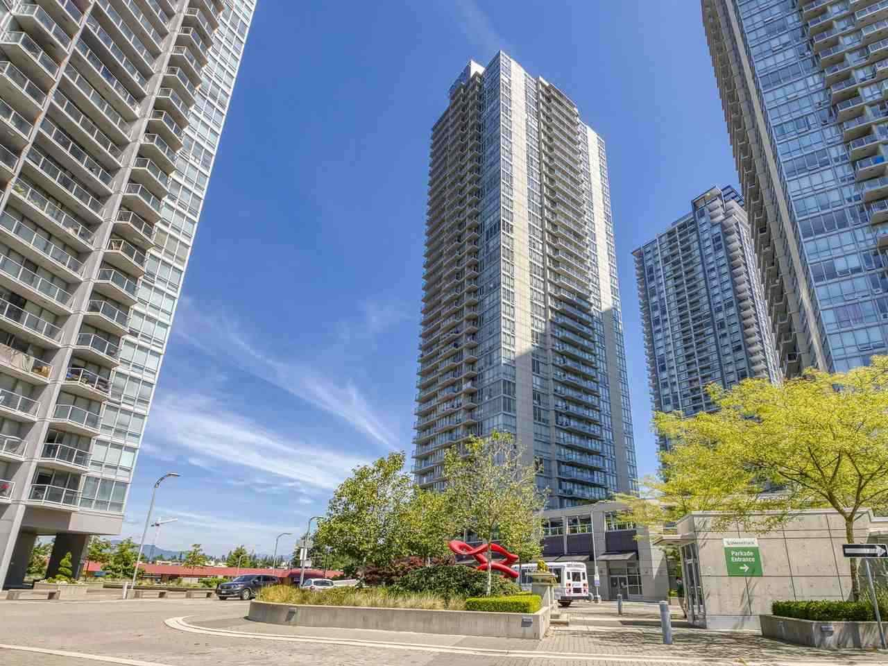 """Main Photo: 2405 13688 100 Avenue in Surrey: Whalley Condo for sale in """"Park Place One"""" (North Surrey)  : MLS®# R2498674"""