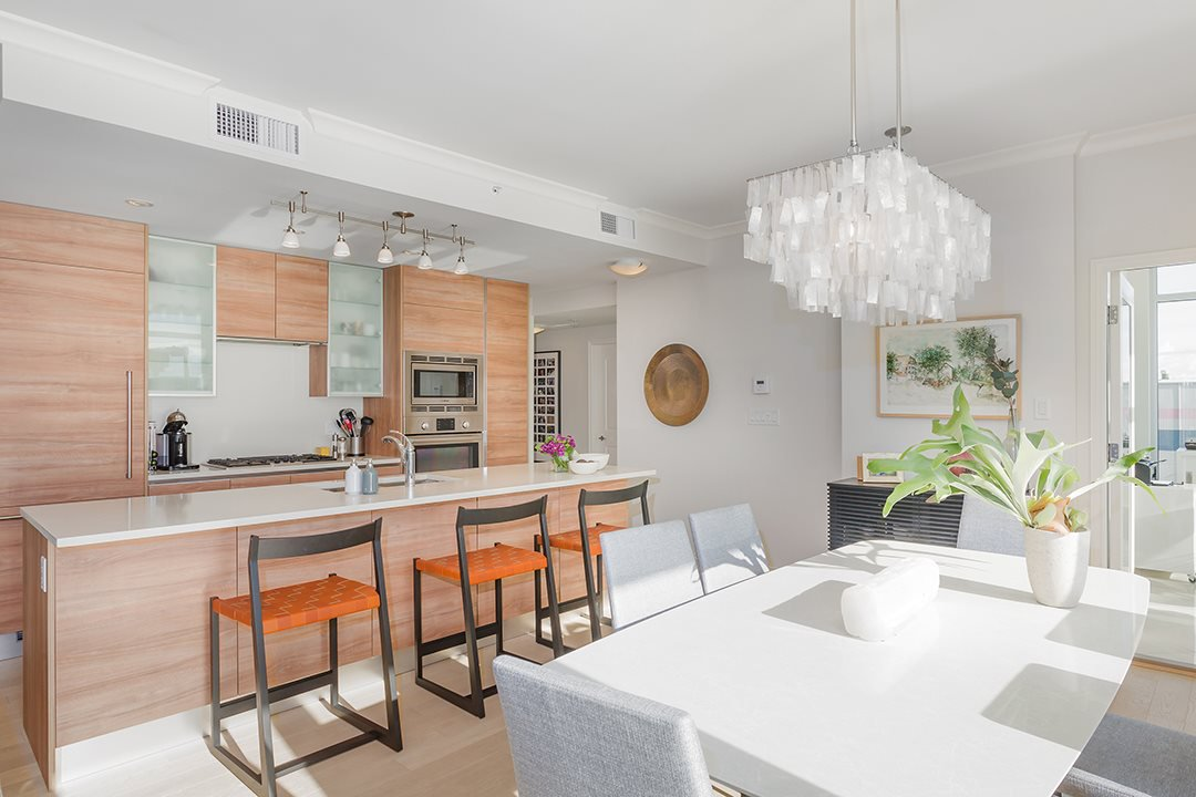 """Photo 7: Photos: 701 199 VICTORY SHIP Way in North Vancouver: Lower Lonsdale Condo for sale in """"TROPHY AT THE PIER"""" : MLS®# R2509292"""