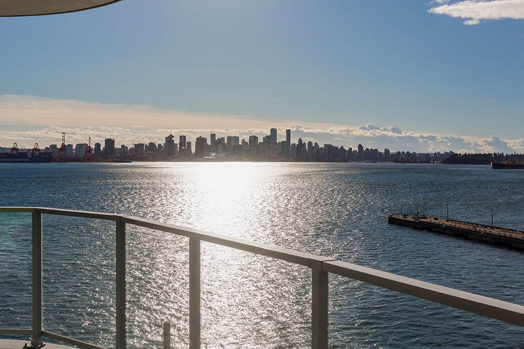 """Photo 27: Photos: 701 199 VICTORY SHIP Way in North Vancouver: Lower Lonsdale Condo for sale in """"TROPHY AT THE PIER"""" : MLS®# R2509292"""