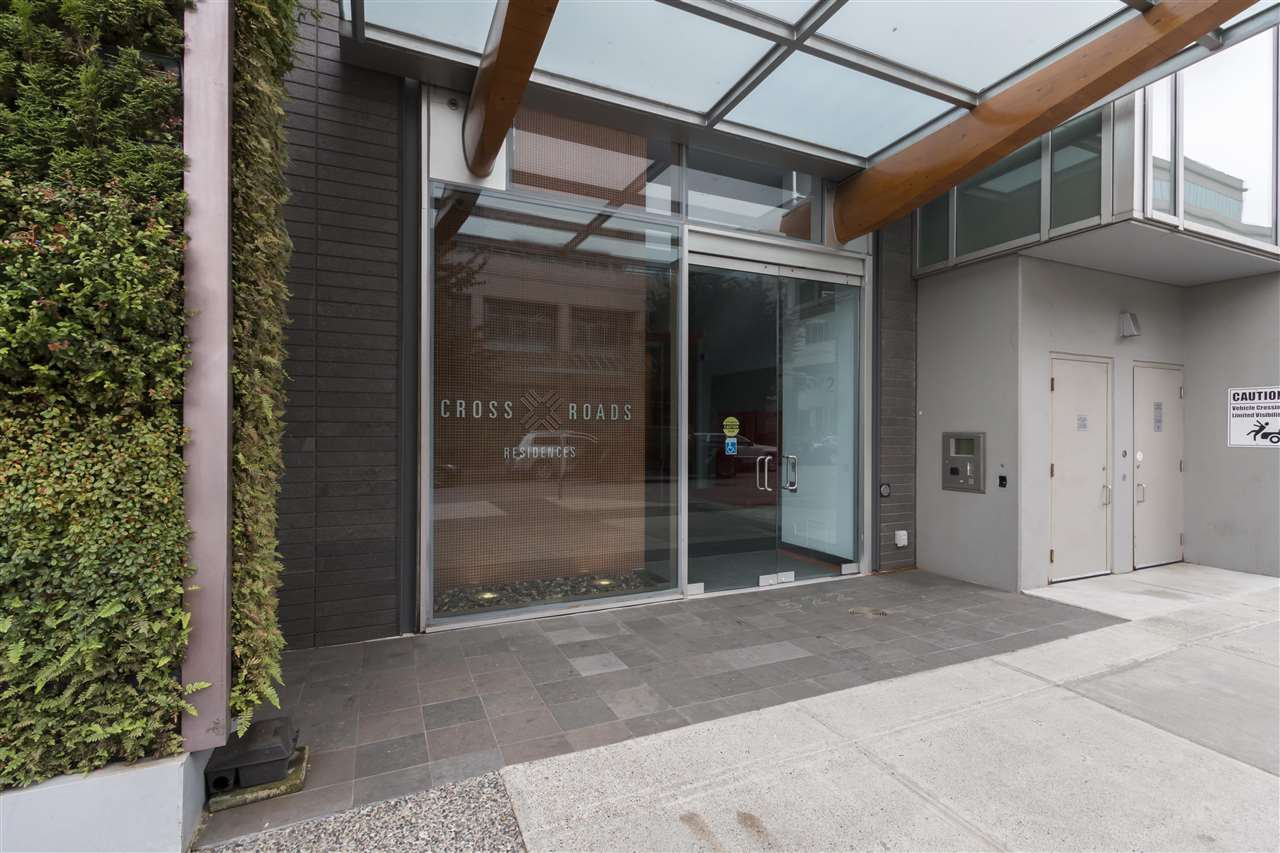 "Main Photo: 712 522 W 8TH Avenue in Vancouver: Fairview VW Condo for sale in ""Crossroads"" (Vancouver West)  : MLS®# R2407550"