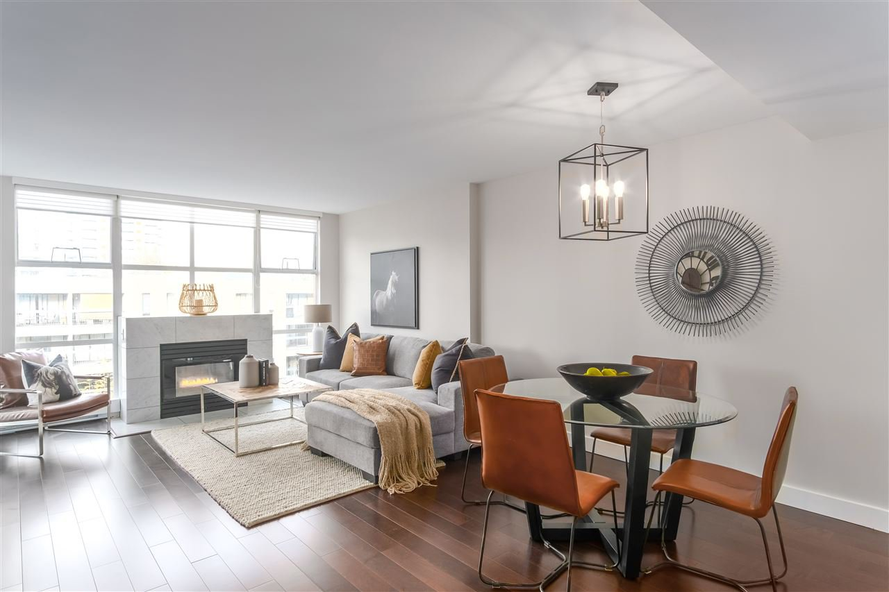 """Main Photo: 406 518 W 14TH Avenue in Vancouver: Fairview VW Condo for sale in """"Pacifica - Northgate Tower"""" (Vancouver West)  : MLS®# R2424088"""